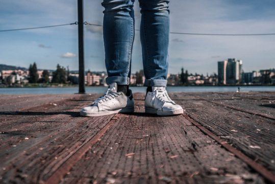 サラリーマンの靴はどこで買う?