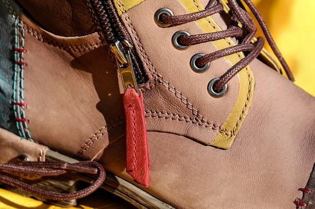 革靴の紐の通し方【詳しく解説】